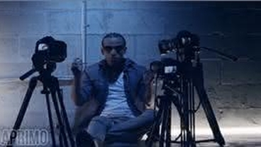 Como Tiene Que Ser (Con Lyrics) [Official Video] - Arcangel