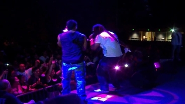 Reggaeton Invasion    (West Palm Beach FL) [Live] - Zion y Lennox