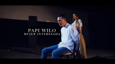 Mujer Interesada [Official Video] - Papi Wilo